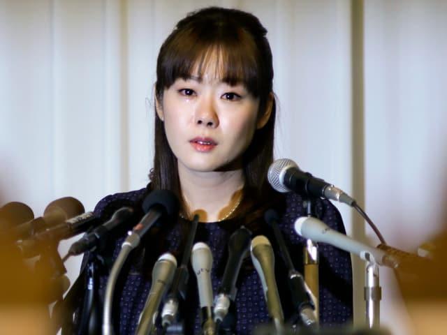 Haruko Obokata muss unter Tränen ihre «Sensation» rechtfertigen.