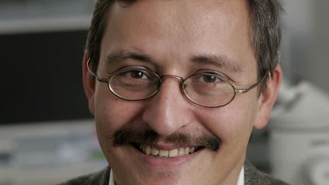 Portrait des Molekularbiologen Michael Hengartner
