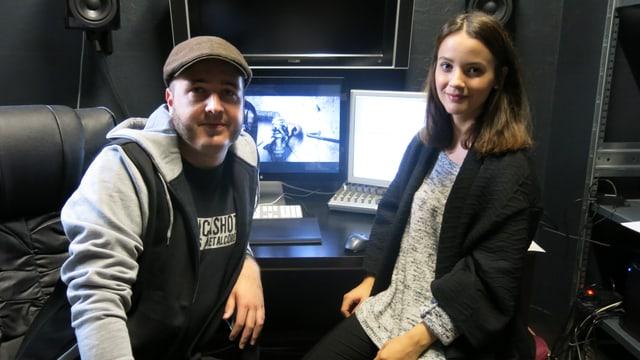 Délia Antonio sitzt zusammen mit dem Produzenten Johannes Hartmann am Schnittplatz.