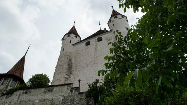 Schloss Thun von unten fotografiert.