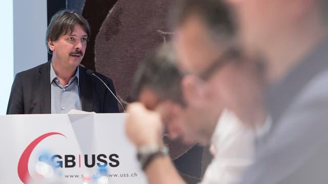 Paul Rechtsteiner, il president da l'uniun sindicala svizra.