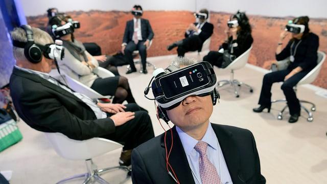 WEF-Teilnehmer mit Virtual-Reality-Brillen