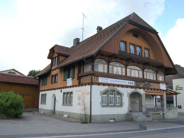 Der Gasthof Bahnhof in Schwarzenburg.