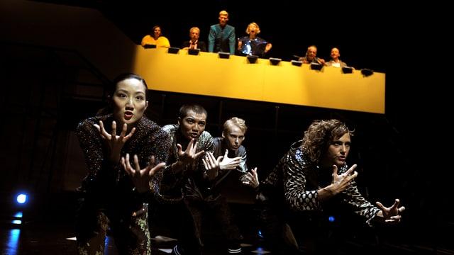 Tanzszene in der Produktion Hamlet am Theater St. Gallen