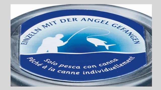 Blauweisses Logo auf dem steht «Einzeln mit der Angel gefangen».