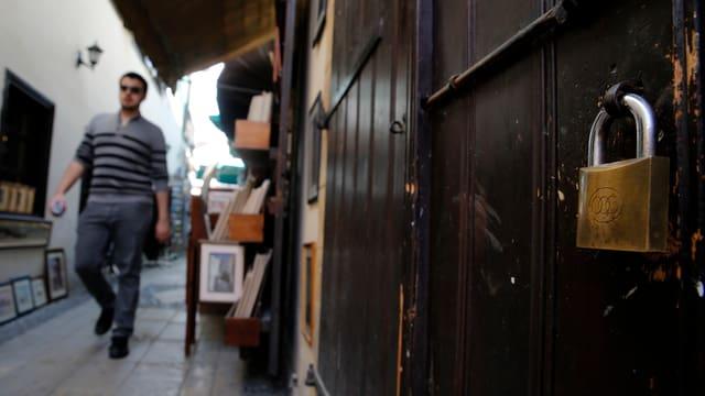 Geschlossener Laden in Nikosias Einkaufsviertel.