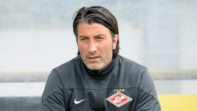 Murat Yakin è be stà ina stagiun trenader da Spartak Moscau.