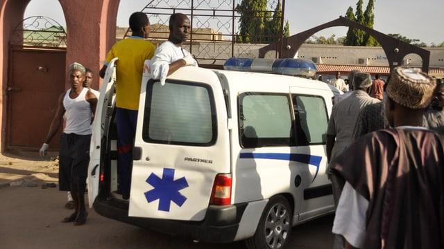 Krankenauto in Nigeria, aufgeommen Ende November 2014