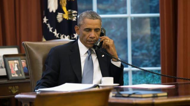 Obama en il Oval Office.