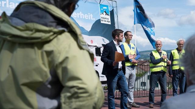 Jon Pult (mez), president Iniziativa da las Alps.