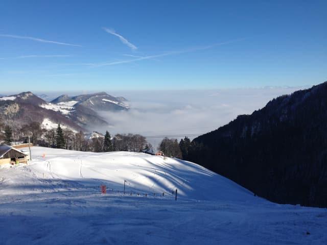 Ausblick vom Balmberg aufs Nebelmeer