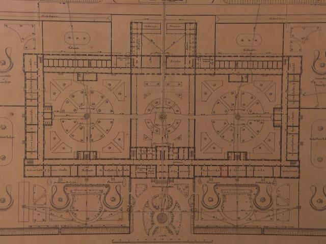 Der historischer Grundrissplan der Waldau zeigt zwei grosse Trakte: die vordere und die hintere Abteilung.