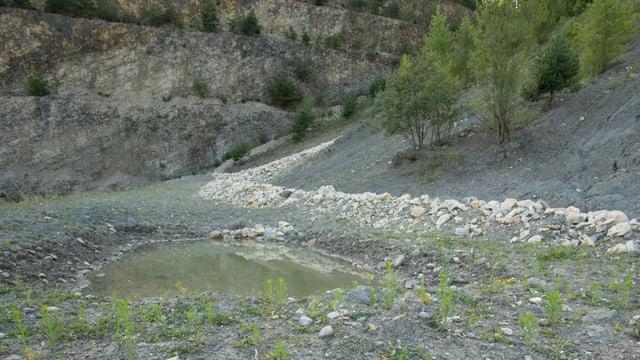 Öde Steinbruchlandschaft