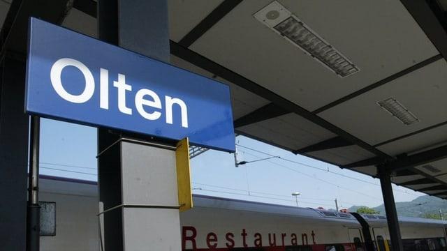 Tafel im Bahnhof Olten.