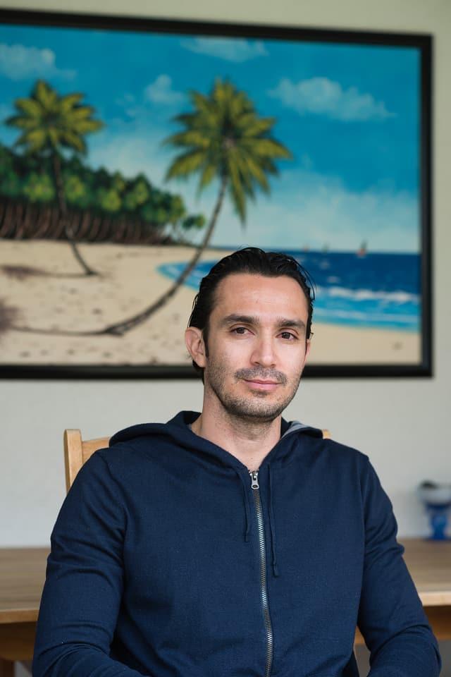 Neyman ist seit 13 Jahren in der Schweiz. Er lebt mit Frau und Kind in Uster.