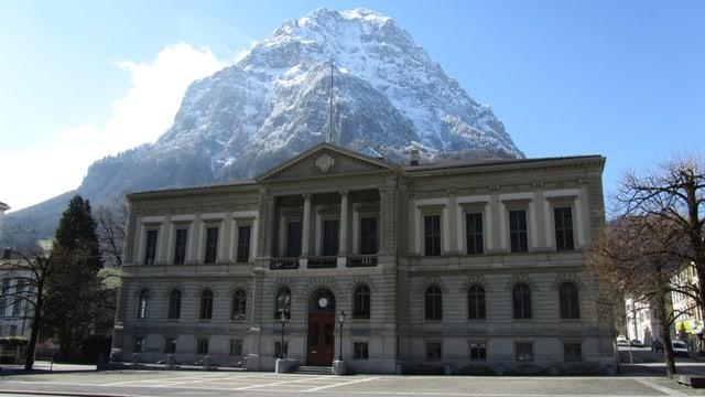 Die kantonale Verwaltung im Kanton Glarus