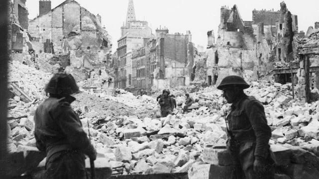 Durch den zweiten Weltkrieg zerstörtes Caen, Frankreich