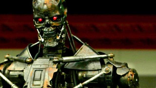 Ein Sci-Fi-Roboter aus dem film.