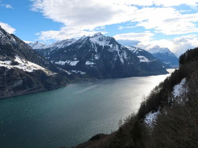 Ausblick von Seelisberg auf den Vierwaldstättersee.