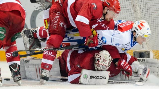 Chris Baltisberger und die ZSC Lions stehen gegen Lausanne gewaltig unter Druck.