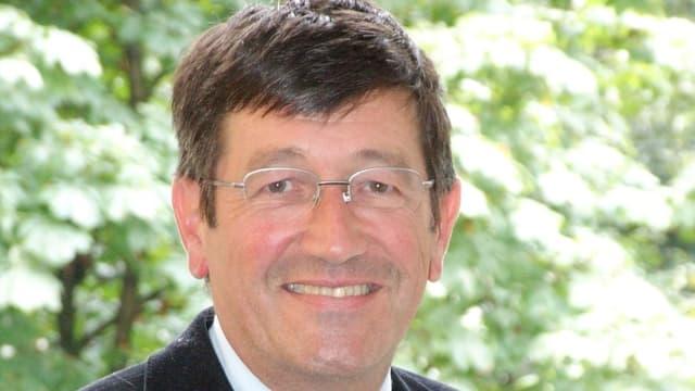 Porträtbild von Christoph Schwarz abtretender Direktor der Interkantonalen Polizeischule Hitzkirch.