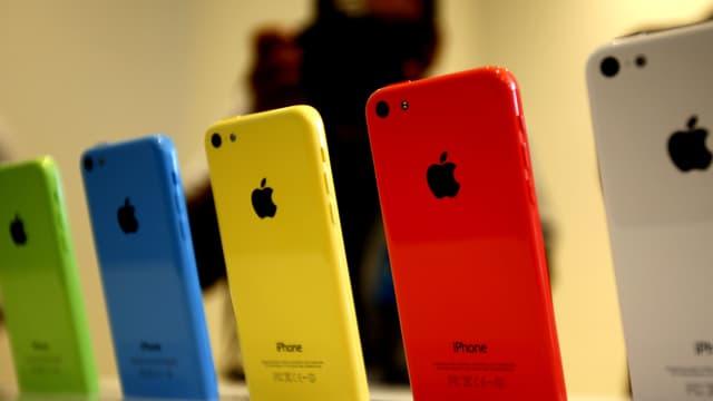 Die Plastik-iPhones von Apple.