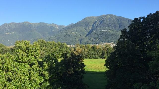 Blick von Ascona über das Maggiadelta.