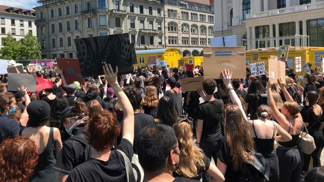 Demo in Zürich.