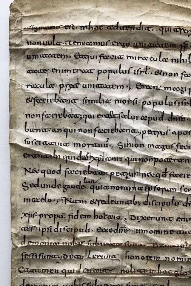 Text scrits en la scrittira tipica per il Grischun: la «minuscola retica»