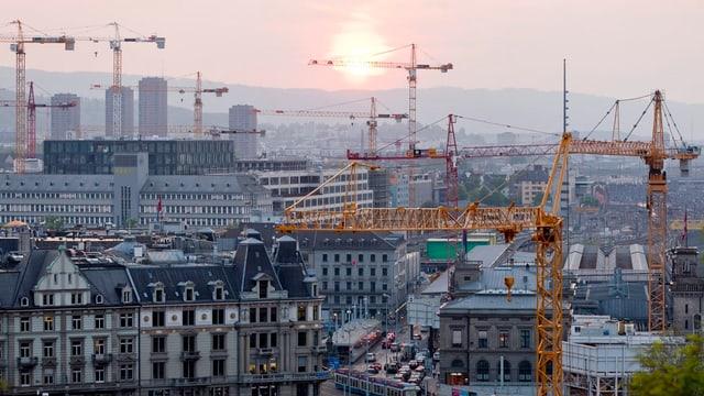 Baukräne in Zürich. (Symbolbild)