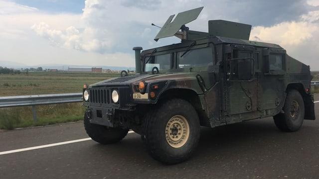 Humwee der US-Armee im Kosovo