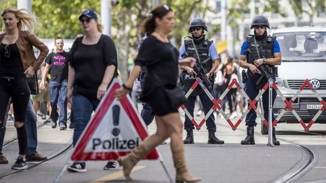 Chattà object suspectus: polizia ha dà alarm da bumbas suenter Street Parade.