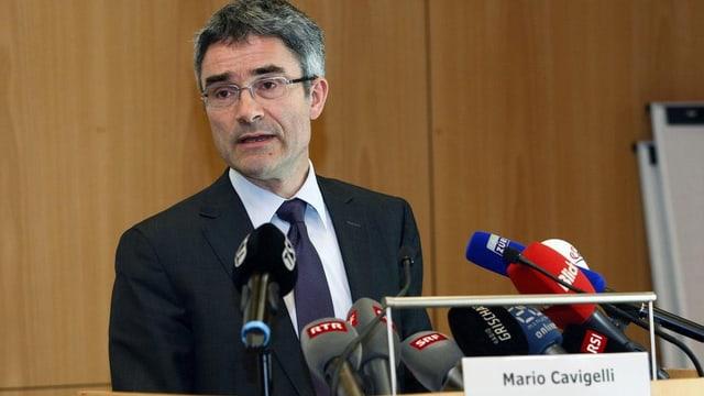 Regierungsrat Mario Cavigelli informiert über den Abschuss von M13