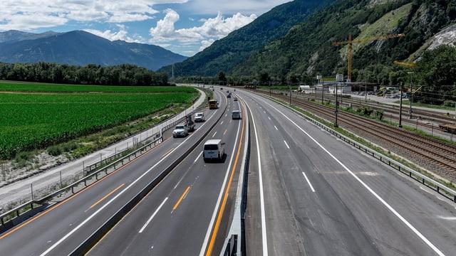 L'autostrada cun restricziuns da traffic.
