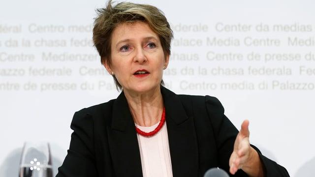 Simonetta Sommaruga durant la conferenza da medias.