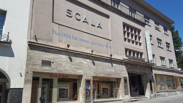 Edifizi Kino a San Murezzan