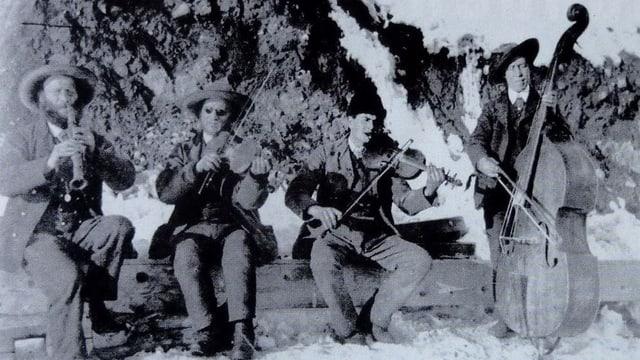 Outlaws musicals la fin dal 19avel tschientaner: ils Fränzlis da Tschlin.