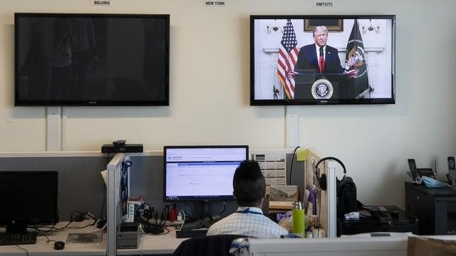 Trump auf Bildschirm
