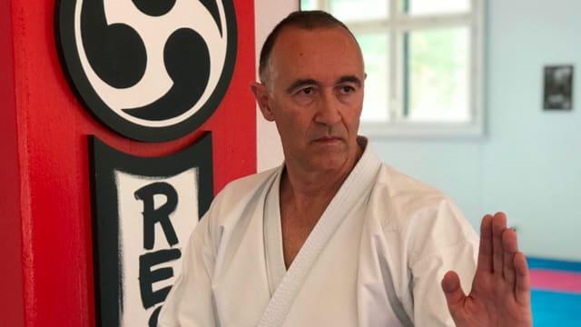 Guiseppe Puglisi, Karate-Trainer in Liestal.