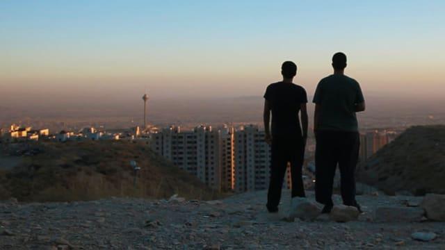 Anoosh und Arash sind DJs, die das Partyvolk in Teheran mit Techno versorgen.