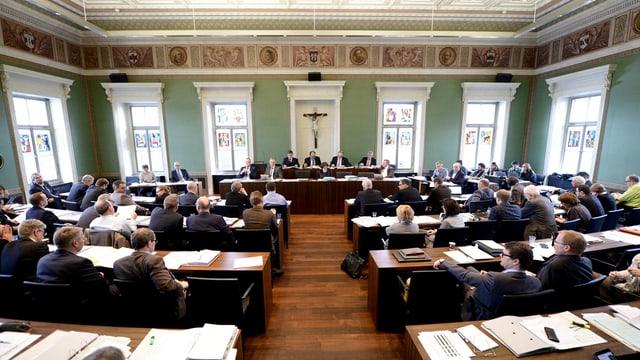 Die Budgetdebatte dürfte im Zuger Kantonsrat zu langen Diskussionen führen.