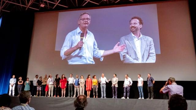 Il cast e la crew dal film avant la premiera a Locarno.