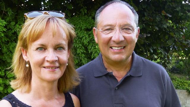 Beni Thurnheer und seine Kathrin lächelnd.