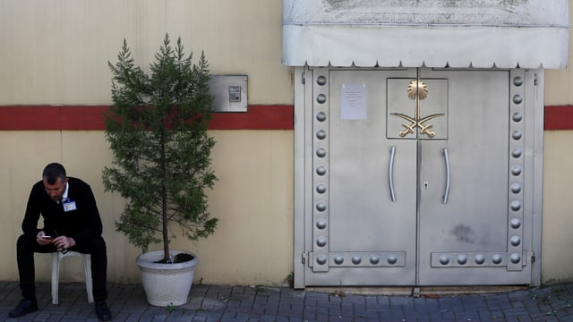 Eingang zum Konsulat