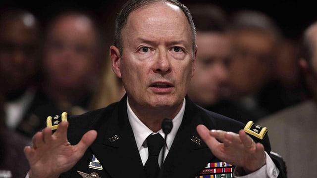 Ein Militär spricht