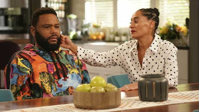 Antohny Anderson und Tracee Ellis Ross in der Comedy-Serie «Black-ish».