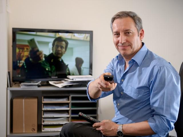 Porträt von Heinz Schweizer, Redaktionsleiter Einkauf Fiktion, Factual und Einsatzprogramme