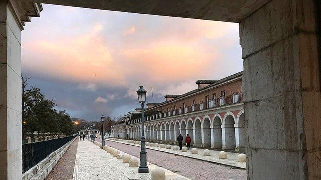 Arkade des alten Königsschlosses von Aranjuez.