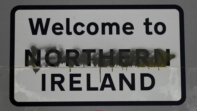 purtret d'ina tavla che veneventa ins al cunfin da l'Irlanda dal Nord.