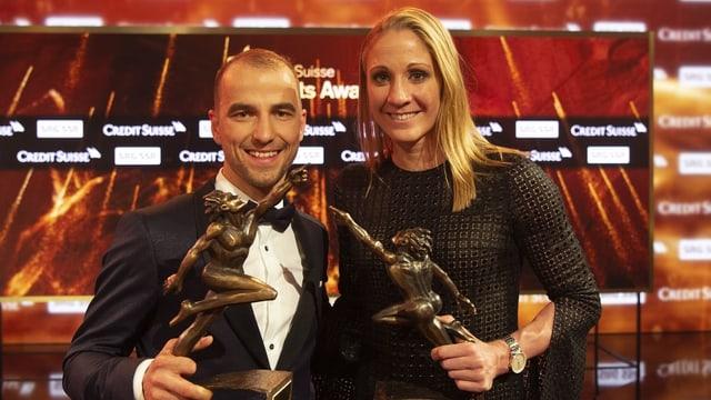 Nino Schurter e Daniela Ryf ils sportists da l'onn 2018.